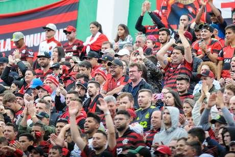 Torcida durante a partida entre Chapecoense SC e Flamengo RJ, válida pela Série A do Campeonato Brasileiro 2019, no Estádio Arena Condá em Chapecó (SC), neste domingo (06)