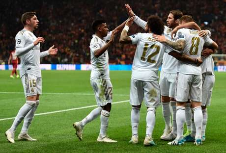 Real venceu fora de casa (Foto: OZAN KOSE / AFP)