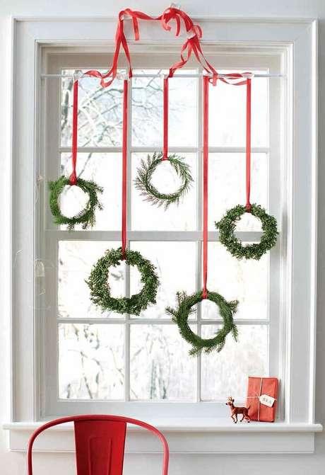 1. Enfeites de Natal que encantam a decoração do ambiente. Fonte: Pinterest