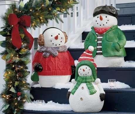 85. Bonequinhos de neve podem ser utilizados como enfeites de Natal. Fonte: Pinterest