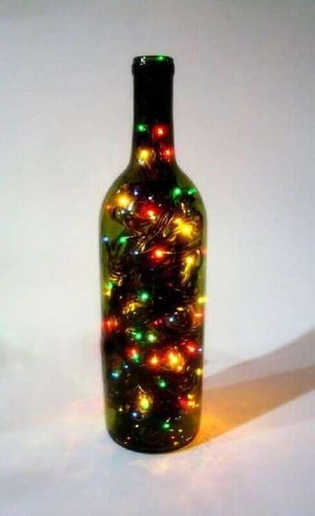 28. É muito fácil fazer seus próprios enfeites de natal. Foto: Fashion Bubbles