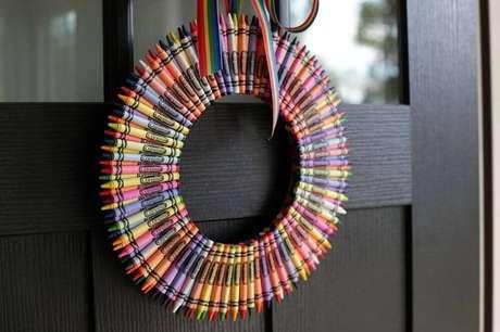 13. Que tal fazer seus próprios enfeites de natal artesanato? Foto: Geekoutwith