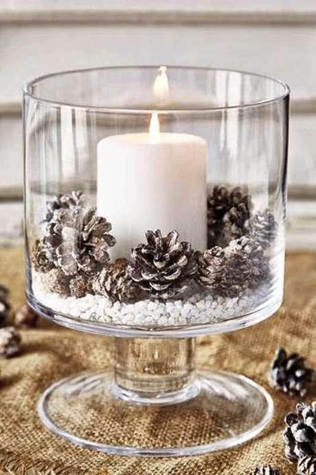 48. Os enfeites de natal são perfeitos para deixar a sua casa ainda mais bonita para essa época tão especial do ano. Foto: Stylowi
