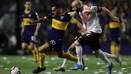 Tevez foi titular nesta terça-feira (AFP)