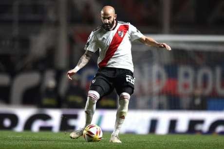Pinola é titular na zaga do River (Divulgação/River Plate)