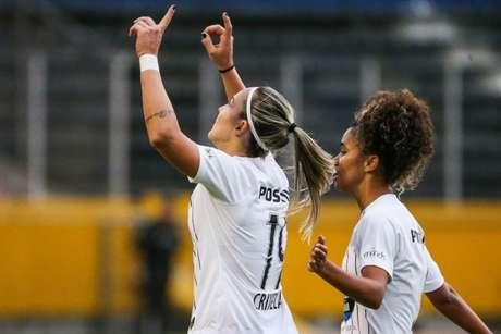 Giovanna Crivelari marcou um dos gols da vitória corintiana na última terça (Foto: Bruno Teixeira/Ag. Corinthians)