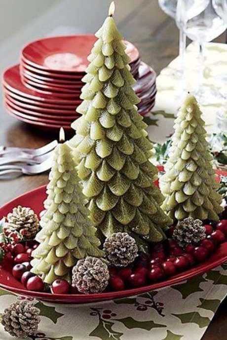 11. Centro de mesa com árvores de natal – Por: Womans