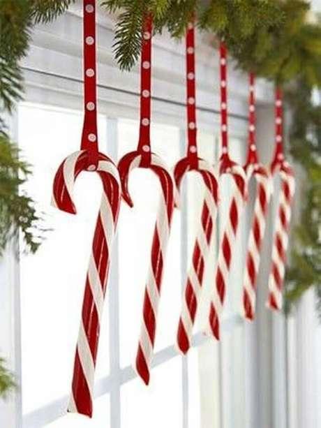 68. Ideias para decoração natalina simples e tradicional – Foto: HomeKlondike