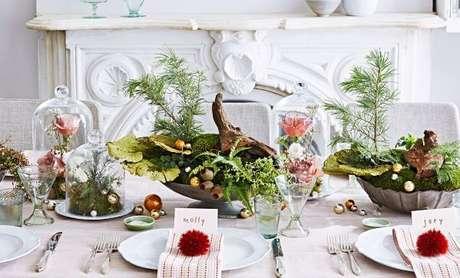 58. Capriche na decoração do centro de mesa – Por: Martha Stewart