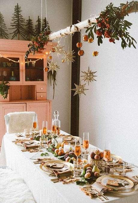 73. Mesa decorada de natal – Por: Pinterest