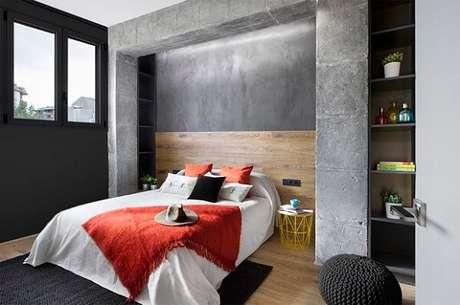 67. Quarto de casal com parede de cimento queimado. Fonte: Casa Vogue