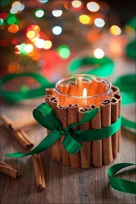 92. Invista em velas para a decoração natalina para casas – Foto: Revista Artesanato