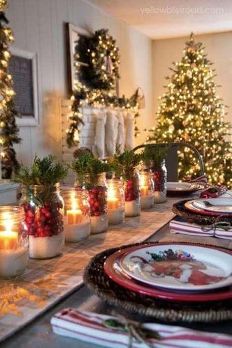 38. Como fazer enfeites de natal com potes de vidro e velas. Foto: Awan Shop