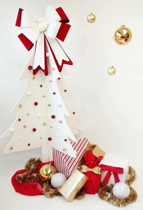74. O EVA permite a criação de lindos arranjos natalinos. Fonte: Pinterest