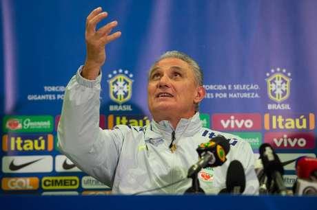 Treinador convocou a equipe nesta sexta-feira (Foto: Pedro Martins/Mowa Press)