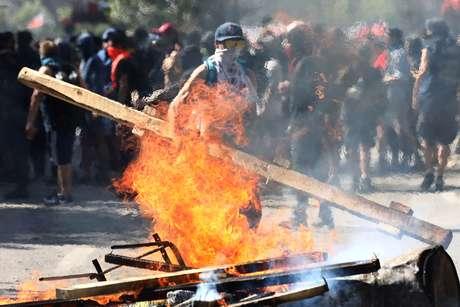 Protesto contra o modelo econômico chileno em Santiago 24/10/2019 REUTERS/Edgard Garrido