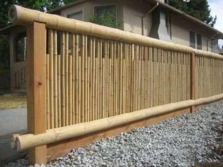 43. Cerca de bambu delimita a área da casa. Fonte: Pinterest