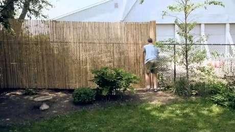60. Como fazer cerca de bambu. Fonte: Pinterest