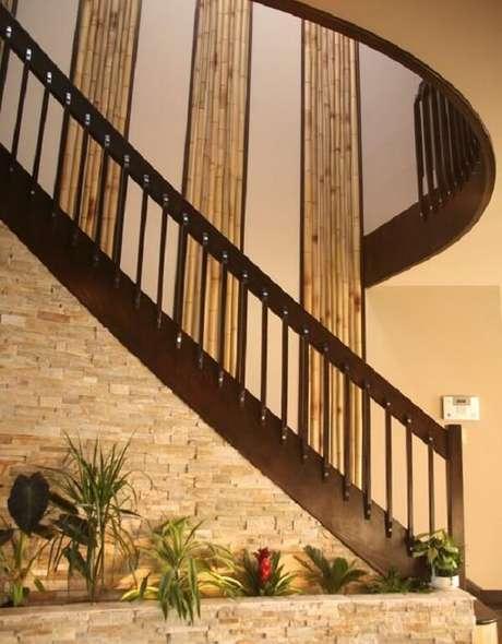 61. Decoração com bambu encanta os ocupantes do espaço. Fonte: Pinterest