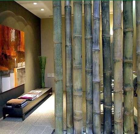 15. A cerca de bambu foi utilizada como divisória no espaço. Fonte: Pinterest