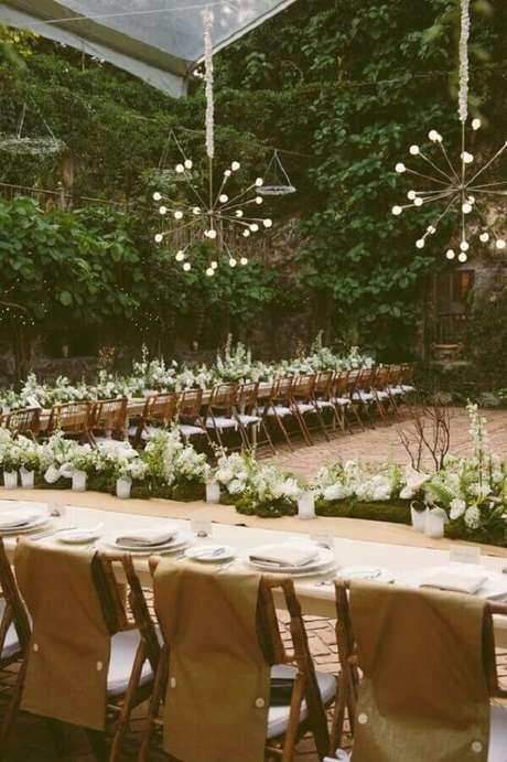 71. Pendentes modernos para um toque personalizado na decoração de casamento no campo – Foto: Etsy