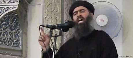 """O terrorista al-Baghdadi em fotografia de 2011, quando o """"Estado Islâmico""""(EI) estava em plena expansão"""