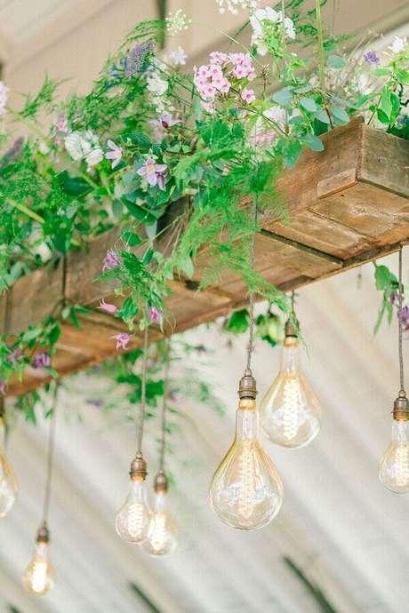 56. Ideia para decoração rústica de casamento no campo – Foto: Rock My Wedding