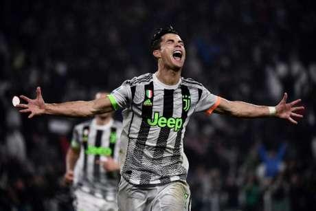 CR7 marcou e deu a vitória para a Juve (Foto: AFP)