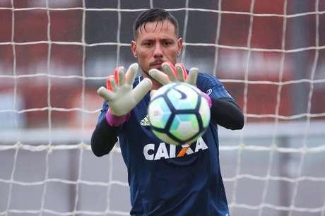 Goleiro não foi relacionado para a partida (Foto: Gilvan de Souza/Flamengo)