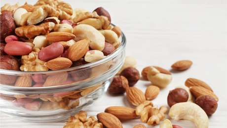 Frutas secas são fontes de proteínas e gorduras saudáveis