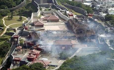 Incêndio destrói Castelo de Shuri, patrimônio mundial