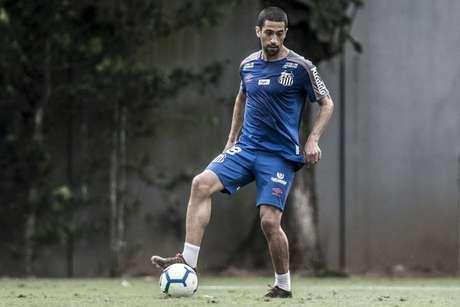 Evandro deve atuar como titular contra o Bahia, nesta quinta-feira, às 19h15, na Vila (Foto: Ivan Storti/Santos)