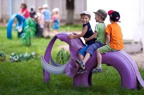 8. As crianças vão adorar o elefantinho feito com pneus. Fonte: Pinterest