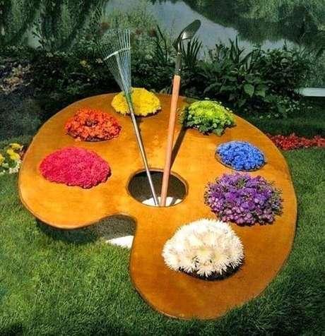 35. Com muita imaginação é possível incríveis enfeites para jardim. Fonte: Pinterest
