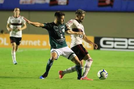 Flamengo empata com o Goiás.