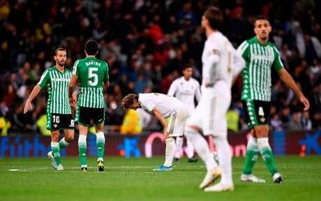 Real Madrid deixou escapar pontos no Santiago Bernabéu (Foto:OSCAR DEL POZO / AFP)