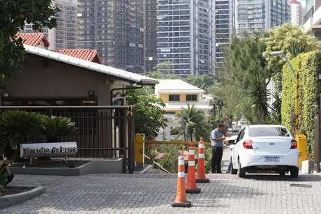 Fachada do condomínio Vivendas da Barra, onde mora Bolsonaro e Ronnie Lessa, acusado de envolvimento na morte da vereadora Marielle Franco
