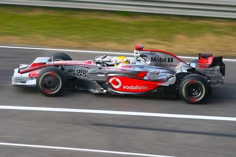 Hamilton: três títulos e 39 vitórias nas primeiras 161 corridas, mas uma carreira espetacular depois.