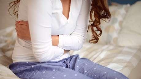 Em famílias mais conservadoras no mundo árabe, não é incomum celebrar virgindade da menina em sua noite de núpcias com substancial alarde