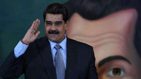 Mesmo sem reconhecer o governo de Nicolás Maduro na Venezuela, o Brasil mantém negociações comerciais com o chavismo
