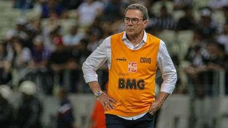 Vanderlei Luxemburgo tenta encontrar soluções para o Vasco (Ronaldo Oliveira/Photo Premium/Lancepress!)