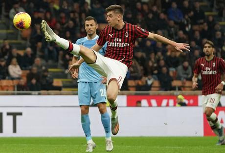 Milan e Lazio fizeram jogo brigado (Foto: Divulgação/ACM)