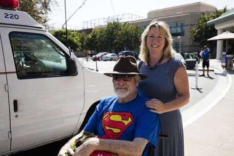 Patterson e Steffanie no dia de sua alta hospitalar