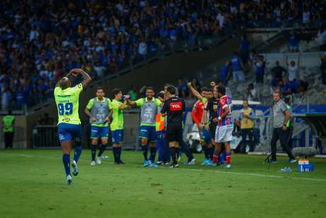 Autor do gol de empate diante do Bahia, Sassá substituirá Fred contra o Furacão (Foto: Vinnicius Silva/Cruzeiro)