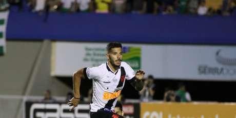Henrique tem lesão na coxa sofrida contra o Fluminense (Foto: Divulgação/CBF)