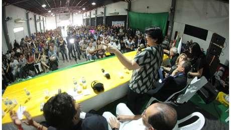 """A ministra da Mulher, da Família e dos Direitos Humanos, Damares Alves, no lançamento do Abrace o Marajó, em Breves (PA): """"Nós temos que levar uma fábrica de calcinhas para a ilha do Marajó, gerar emprego lá"""""""