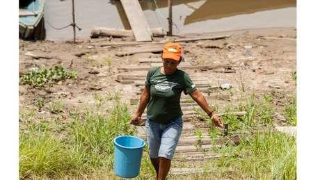 Comunidades ribeirinhas da região do Médio Solimões, na Amazônia Central: 63% das casas do Amazonas não têm acesso à rede geral de esgoto ou água tratada