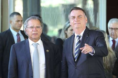 O ministro da Economia, Paulo Guedes, e o presidente Jair Bolsonaro.