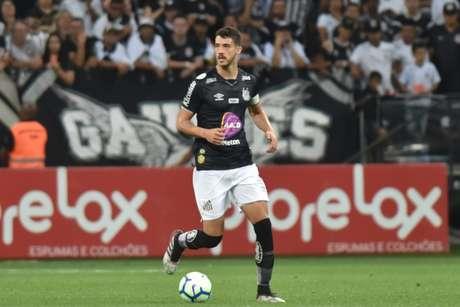 Gustavo Henrique tem sido titular e capitão do Santos (Foto: Ivan Storti/Santos)