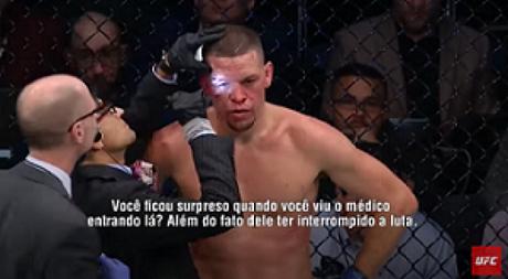 Médico impediu a continuidade de Nate Diaz por conta de um corte acima do olho direito (Foto: Reprodução)